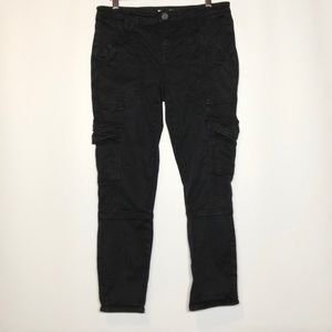 Joie Jeans. Black stretch size medium 6 pockets